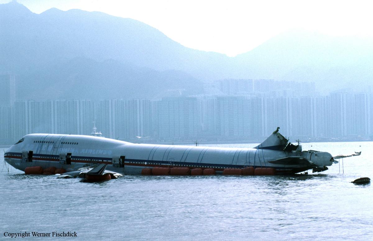 Crash Of A Boeing 747 400 In Hong Kong Bureau Of
